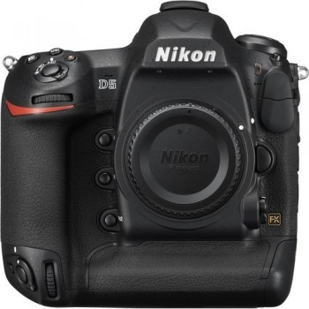 Nikon D5 (nu)
